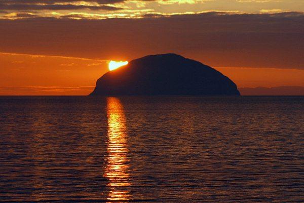 Ailsa craig tramonto