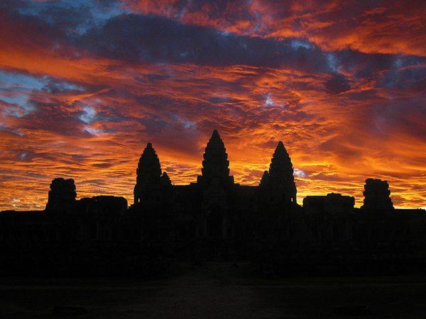 Angkor wat tramonto