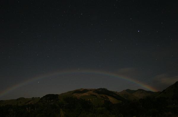 arcobaleno notturno