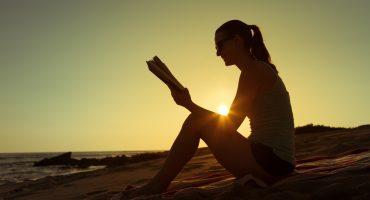Cosa leggono gli europei in vacanza?