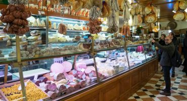 Street food: cosa mangiare a Bologna